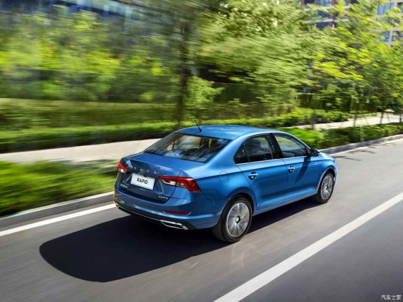 2012 - [Skoda] Rapid - Page 9 Bff67710