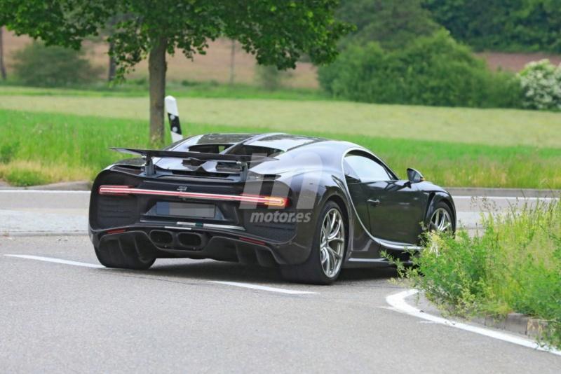 2016 - [Bugatti] Chiron  - Page 20 Bugatt21