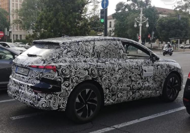 2020 - [Audi] Q4 E-Tron C2a7cf10
