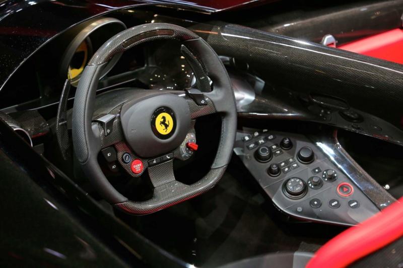 [Ferrari] Modèles uniques / One Off - MàJ : F12 TRS - Page 7 C4608c10