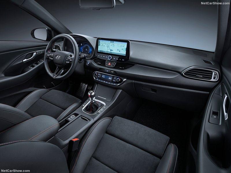 2020 - [Hyundai] I30 III 5p/SW/Fastback Facelift C528ed10