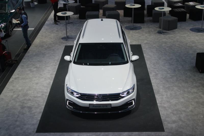 2019 - [Volkswagen] Passat restylée - Page 4 C66c8310