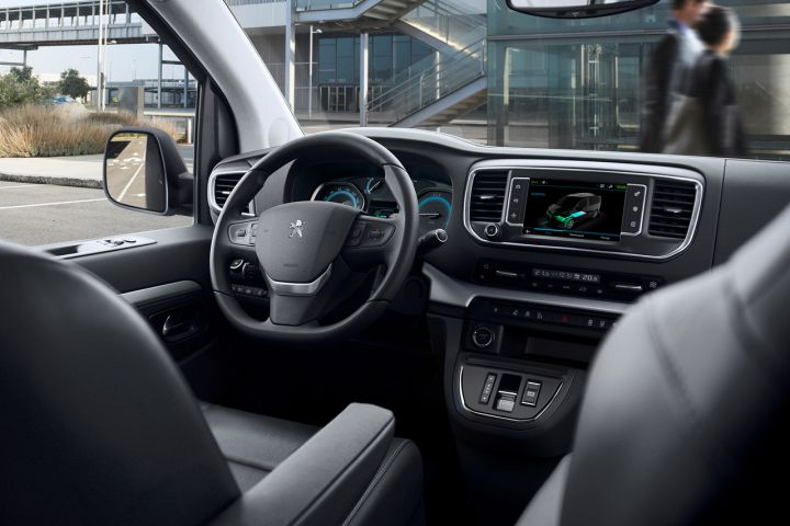 2016 - [Citroën/Peugeot/Toyota] SpaceTourer/Traveller/ProAce - Page 39 C739f610