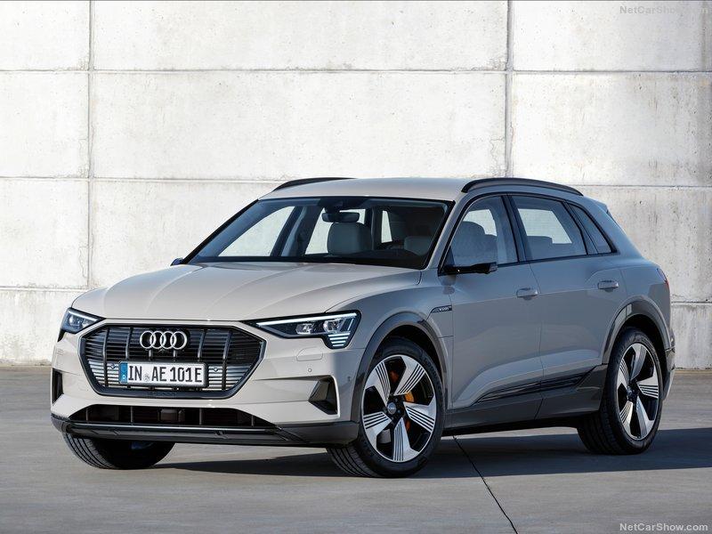 2018 [Audi] E-Tron Quattro - Page 5 C7500010