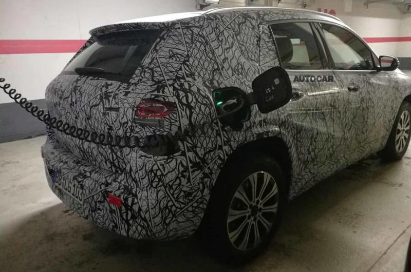 2021 - [Mercedes-Benz] EQB C7a47510