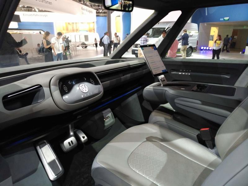 2017 - [Volkswagen] Electric VW Microbus concept - Page 2 C89da410