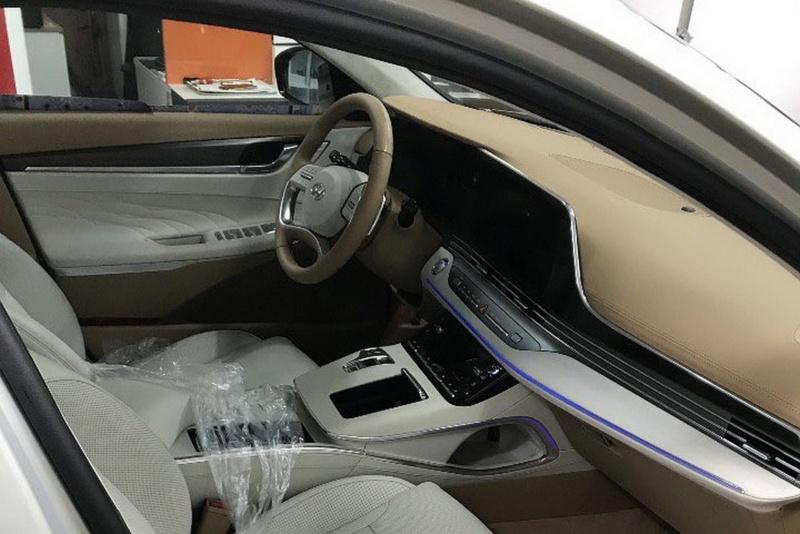 2017 - [Hyundai] Azera / Grandeur C8fb6310