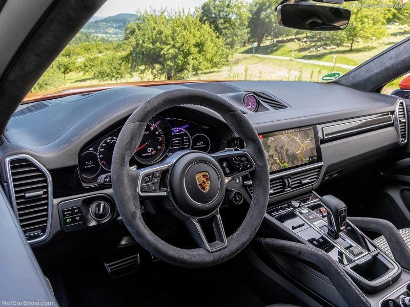 2019 [Porsche] Cayenne coupé - Page 6 C9271d10