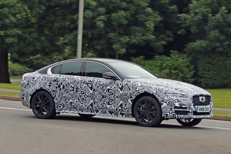 2019 - [Jaguar] XE restylée  Ca893110