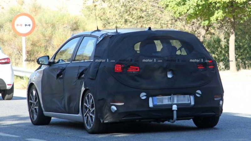 2020 - [Hyundai] I30 III 5p/SW/Fastback Facelift Cabc6110
