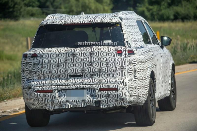 2021 - [Nissan] Pathfinder V Cbc2d510
