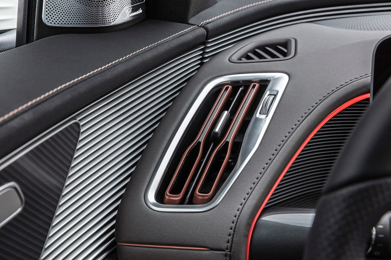 2019 - [Mercedes-Benz] EQ C - Page 5 Cf942710