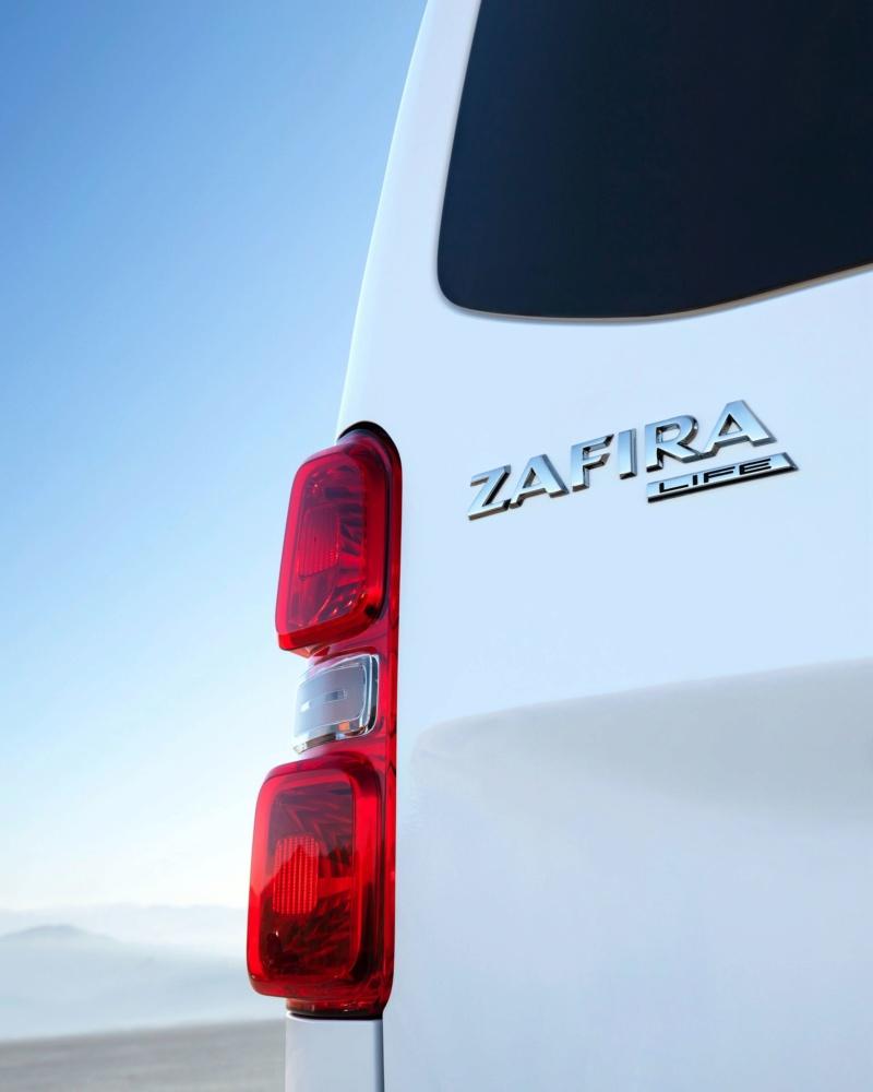 2014 [Renault/Opel/Fiat/Nissan] Trafic/Vivaro/Talento/NV300 - Page 16 D0044810