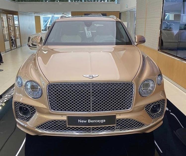 2015 - [Bentley] Bentayga - Page 15 D028cb10