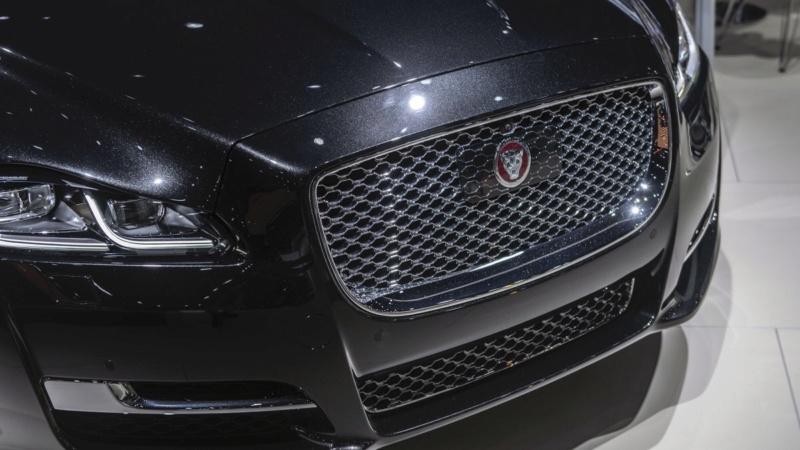 2015 - [Jaguar] XJ Restylée - Page 3 D057fc10