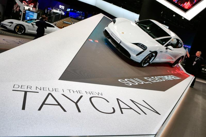 2019 - [Porsche] Taycan [J1] - Page 14 D110