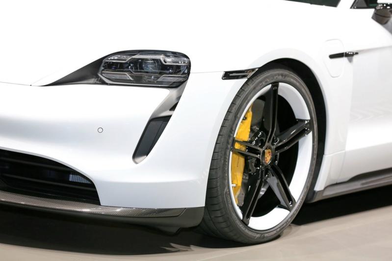 2019 - [Porsche] Taycan [J1] - Page 14 D1110