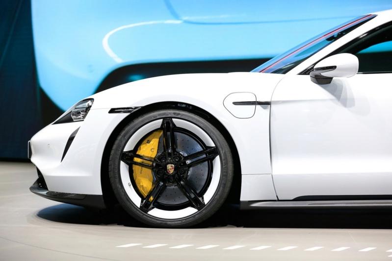 2019 - [Porsche] Taycan [J1] - Page 14 D1210