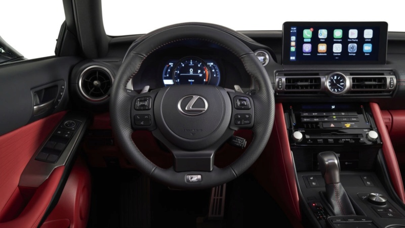 Lexus IS (2020) 45