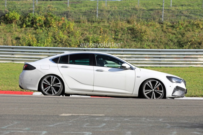 2020 - [Opel] Insignia Grand Sport Restylée  - Page 4 D75a0b10