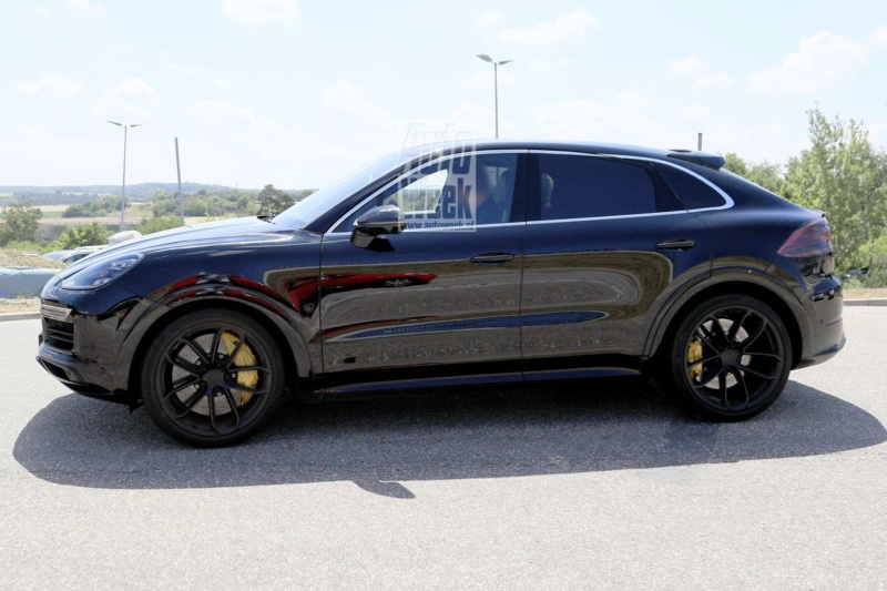 2019 [Porsche] Cayenne coupé - Page 4 D76b0f10