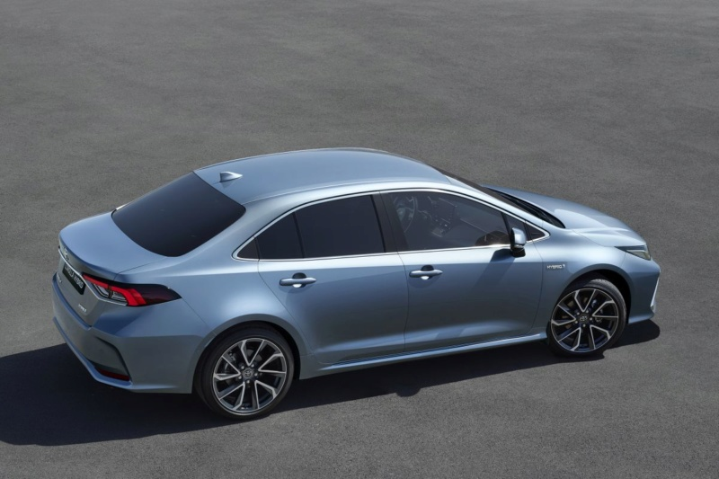 2018 - [Toyota] Corolla Sedan D83e6010