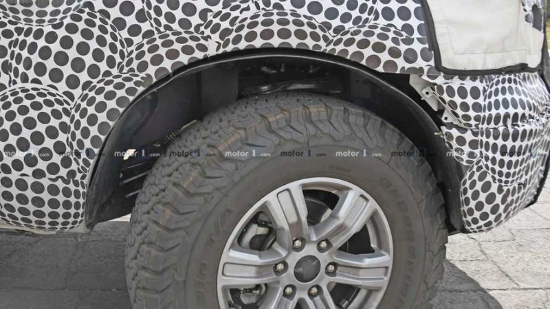 2020 - [Ford] Bronco VI D88b4910