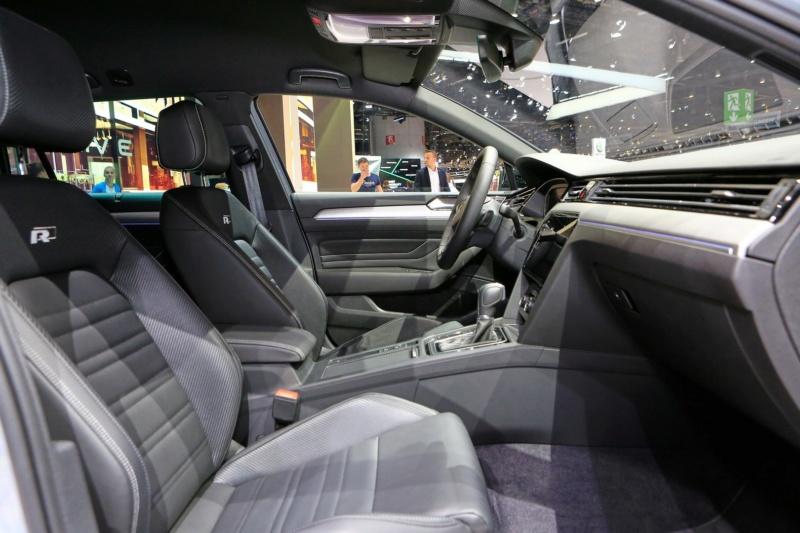 2019 - [Volkswagen] Passat restylée - Page 5 D9165c10
