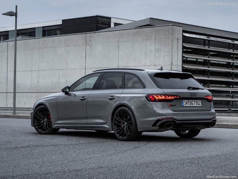 2018 - [Audi] A4 restylée  - Page 6 Daa9e210