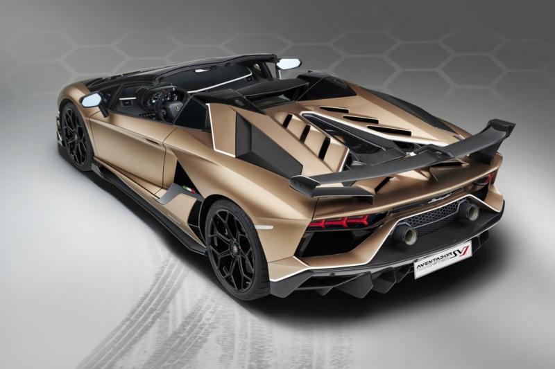 2011 - [Lamborghini] Aventador LP700-4 - Page 27 Db34f310
