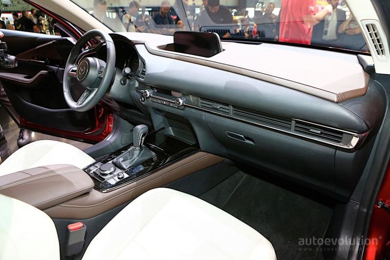 2019 - [Mazda] CX-30 Dd2de110