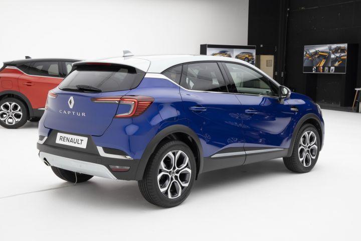 Renault Captur II (2019) 17