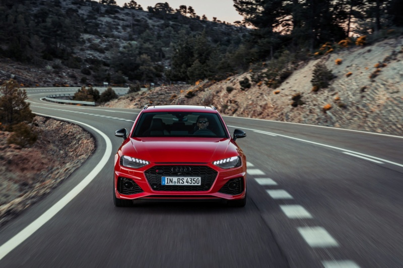 2018 - [Audi] A4 restylée  - Page 6 Deb88510