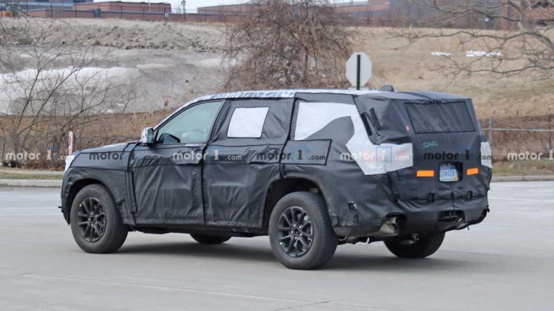 2021 - [Jeep] Grand Cherokee  Dee06010