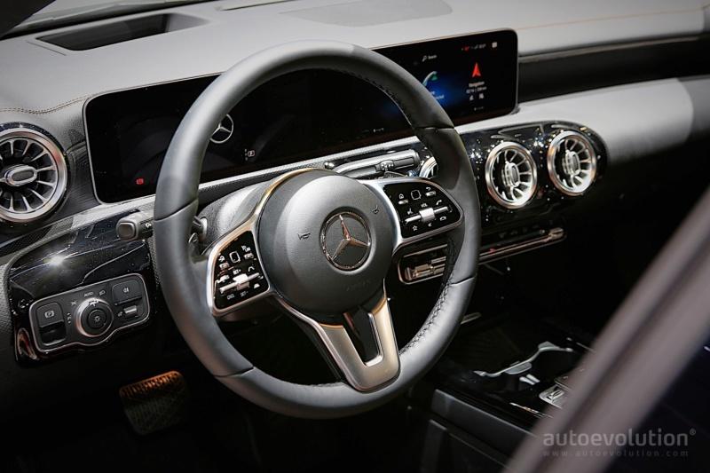 2019 - [Mercedes-Benz] CLA Shooting Brake II Df68c110