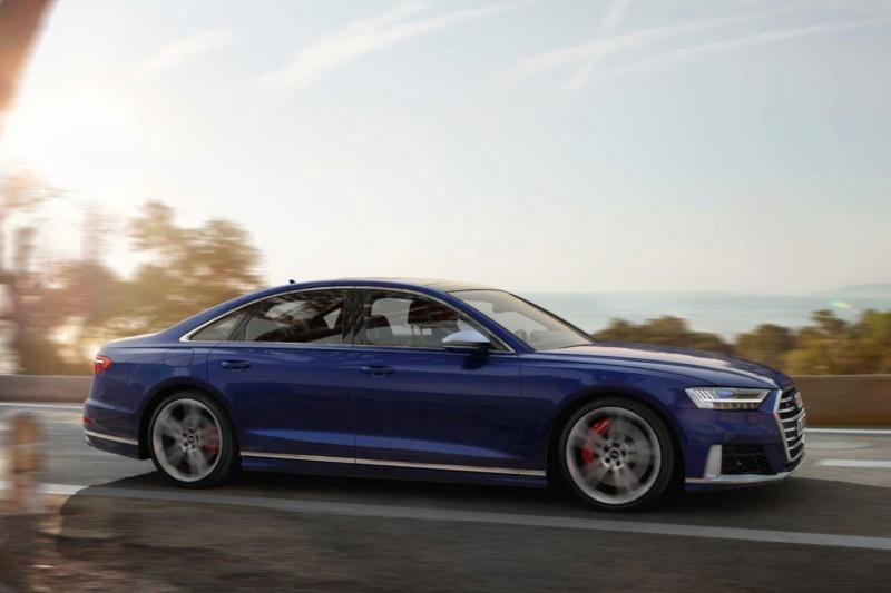 2017 - [Audi] A8 [D5] - Page 13 E04f3c10