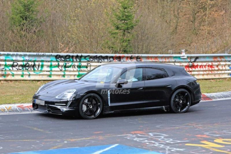 2020 - [Porsche] Taycan Sport Turismo E183f310