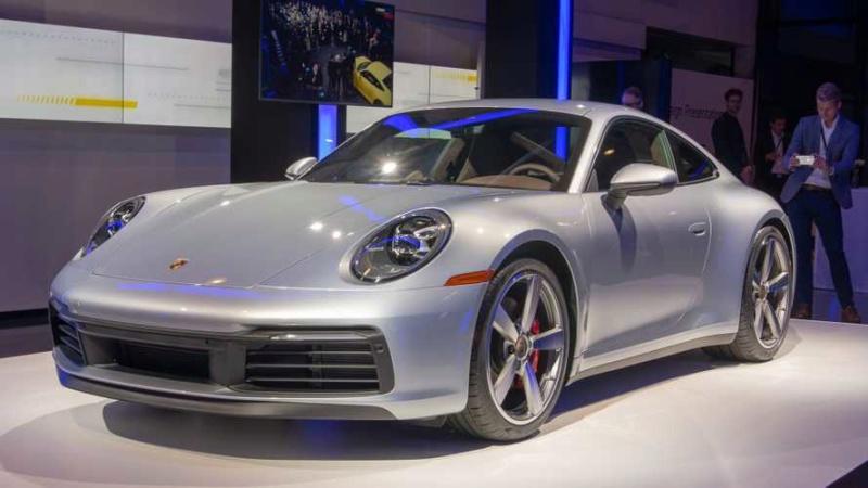 Porsche 911 (992) 2019 18