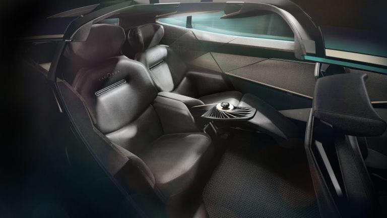 2018 - [Aston Martin] Lagonda Vision Concept  - Page 2 E3ef6e10