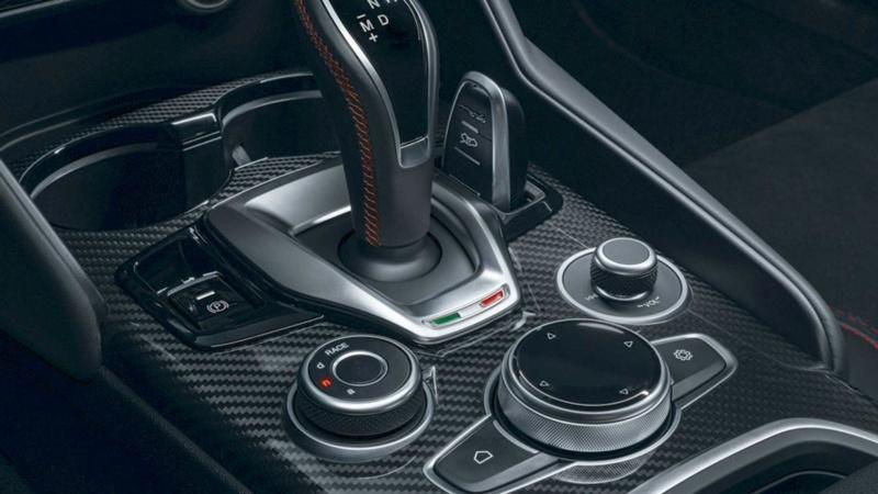 2017 - [Alfa Romeo] Stelvio [Tipo 949] - Page 34 E459e010