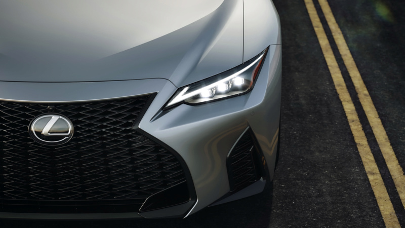 Lexus IS (2020) 56