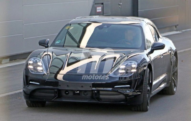2020 - [Porsche] Taycan Sport Turismo E64ae910