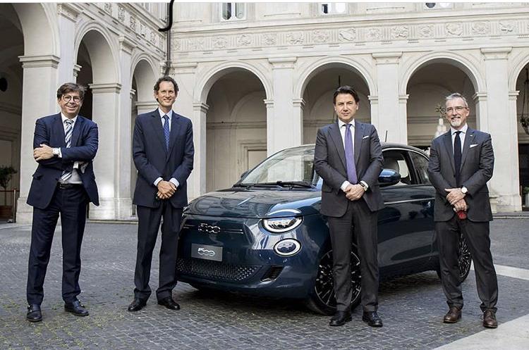 2020 - [Fiat] 500 e - Page 25 E740f010