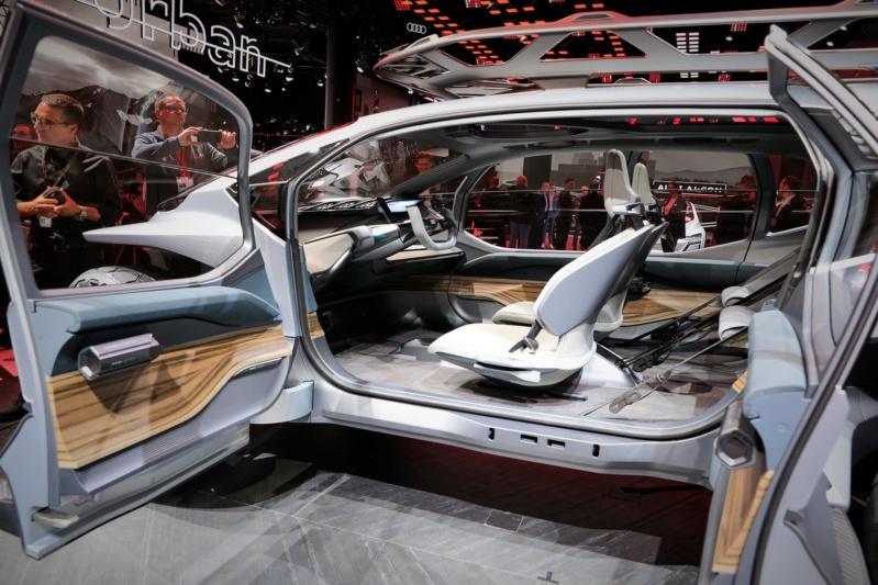 2019 - [Audi] AI:me E-Tron / AI:Trail Quattro - Page 2 E8863010