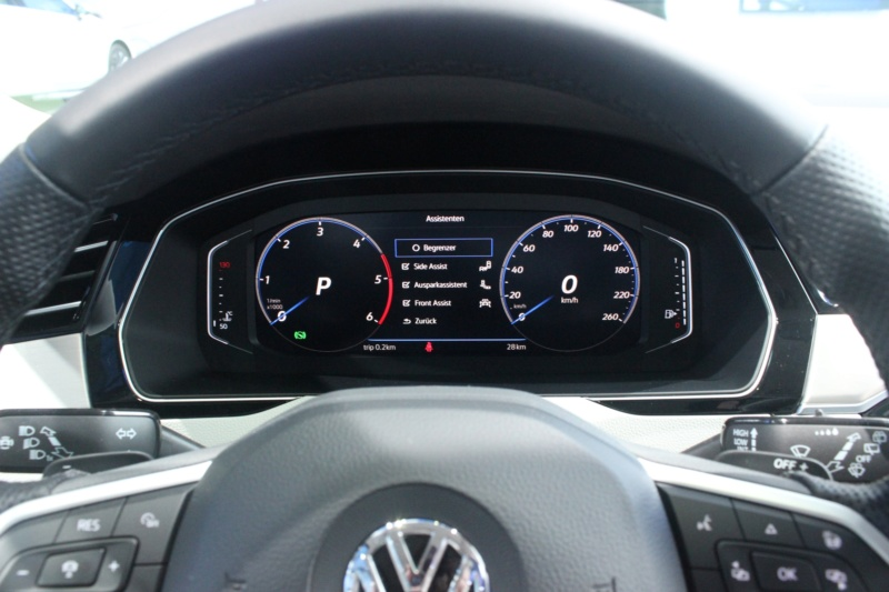 2019 - [Volkswagen] Passat restylée - Page 4 Eaab3710