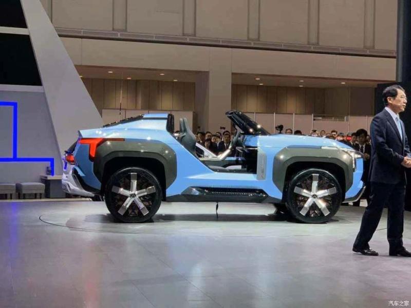 2019 - [Mitsubishi] MI-Tech PHEV Concept Ec512410