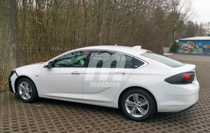 2020 - [Opel] Insignia Grand Sport Restylée  - Page 2 Ee0c8410