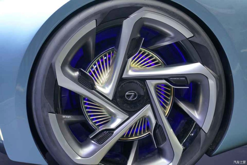 2019 - [Lexus] LF-30 Electrified Concept F09fa110