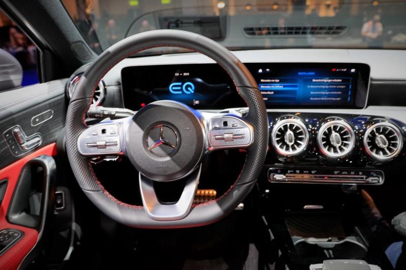 2018 - [Mercedes] Classe A (W177) - Page 34 F0efa710