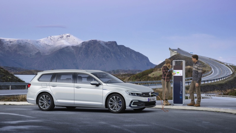 2019 - [Volkswagen] Passat restylée - Page 3 F1cf2210